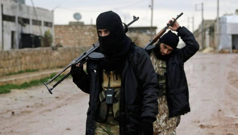"Photo of ""النصرة"" تعتقل أحد قادة حليفها ""حراس الدين"" في ريف حماة"