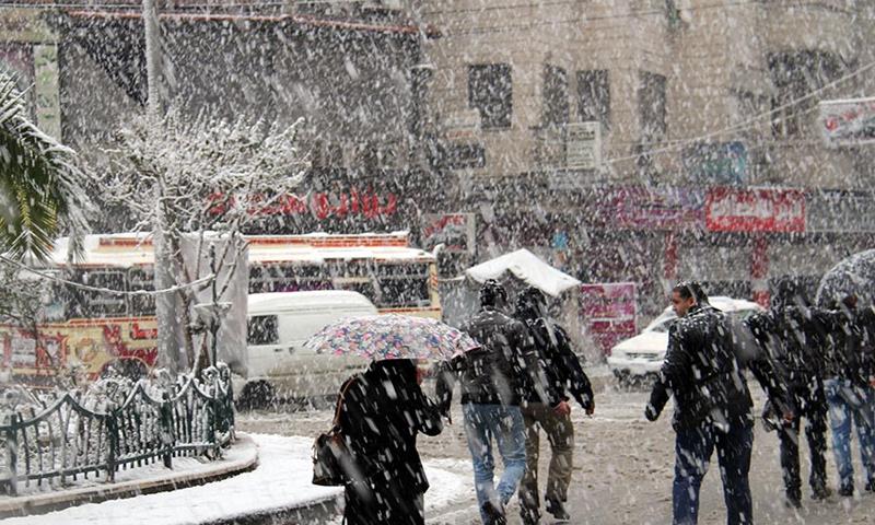 """Photo of ازدياد فعالية المنخفض القطبي غداً وثلوج مخلوطة """"متوقعة"""" على دمشق"""