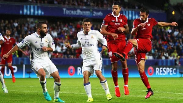 Photo of ريال مدريد يرتقي للمركز الثالث في الليغا على حساب ضيفه إشبيلية