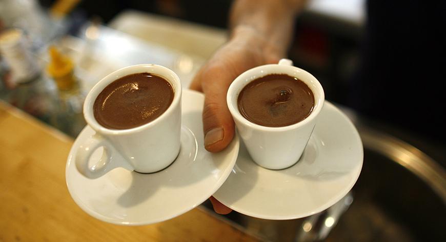 صورة القهوة تحفز نمو الشعر ويمنع تساقطه