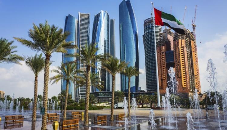 Photo of زيارة الوفد الاقتصادي الى ابو ظبي عتبة لعلاقات واسعة قادمة بين سورية و الامارات