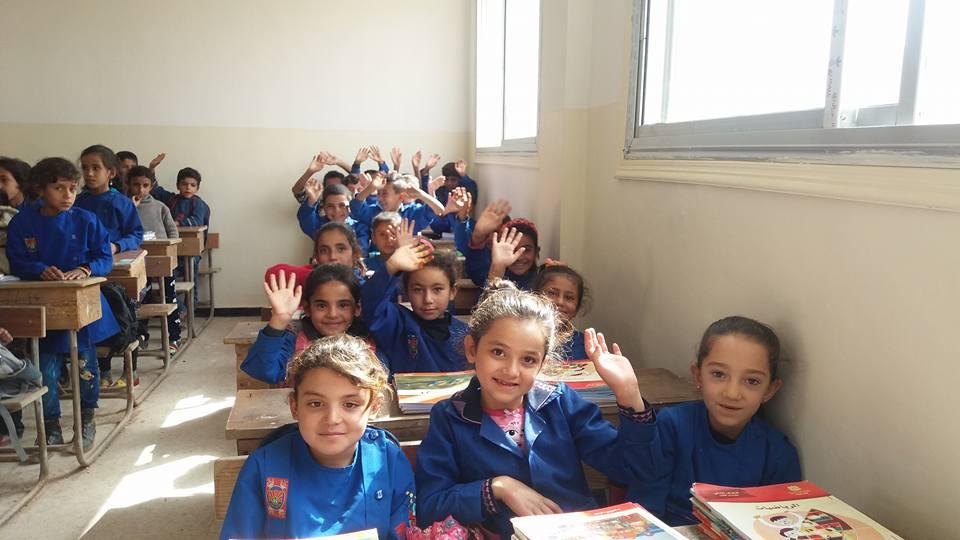 Photo of محفّزات حكومية لاستقرار العملية التربوية بأرياف حلب المحررة