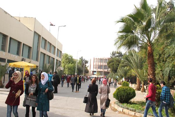 صورة جامعة دمشق تمدد التسجيل للطلاب المستجدين والقدامى حتى 14 آذار