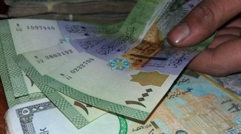 Photo of الليرة تتحسن بنسبة 5,5 بالمئة أمام الدولار