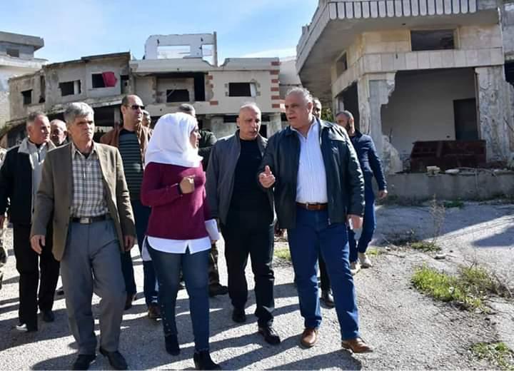 Photo of دخول 250 عائلة لتفقد منازلها في بلدة الزارة بريف حمص تمهيدا لعودتهم إليها