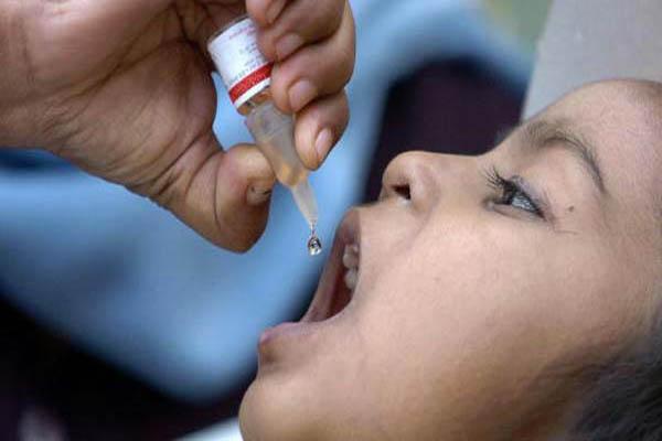 صورة الصحة تطلق حملة تلقيح وطنية ضد شلل الأطفال تستهدف 2.7 مليون طفل
