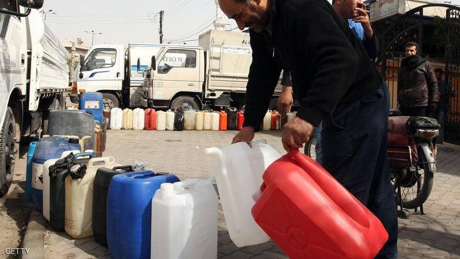 Photo of نابلسي: المازوت متوافر في السوق السوداء بـ560 ليرة وغير موجود للبطاقة الذكية!