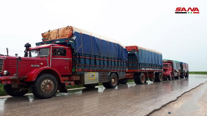 """Photo of بعد منعها من قبل ميليشيا """"قسد"""" أمس.. محافظة الحسكة تبدأ بتوزيع المساعدات على متضرري الفيضانات"""