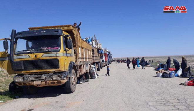 """صورة معاناة أهالي """"مخيم الركبان"""" إلى زوال مع استمرار عودتهم إلى منازلهم"""