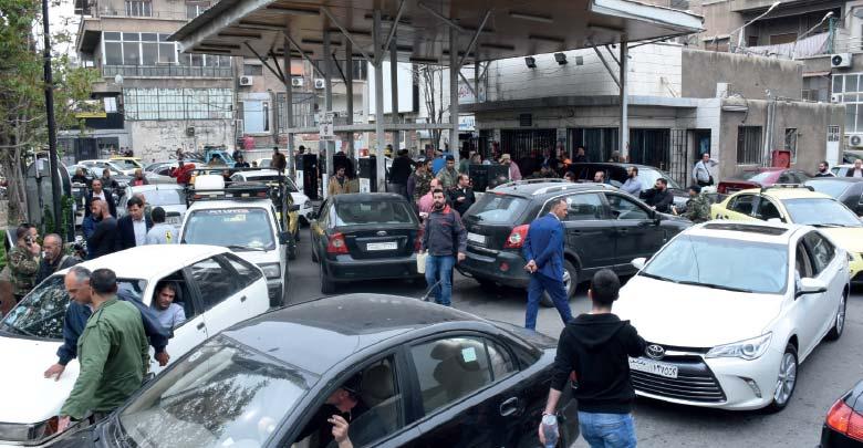 Photo of عربش: توفر مادة البنزين في السوق السوداء يعود لاستغلال بعض أصحاب محطات الوقود