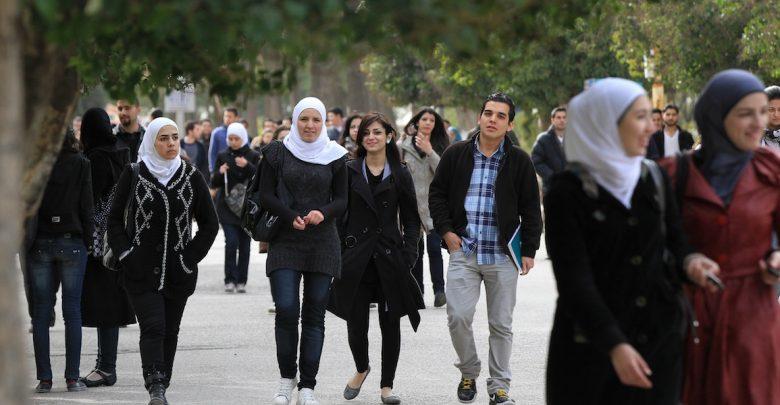 Photo of 700 متقدماً إلى المنح الهندية.. ووفد إيراني يزور التعليم العالي قريباً