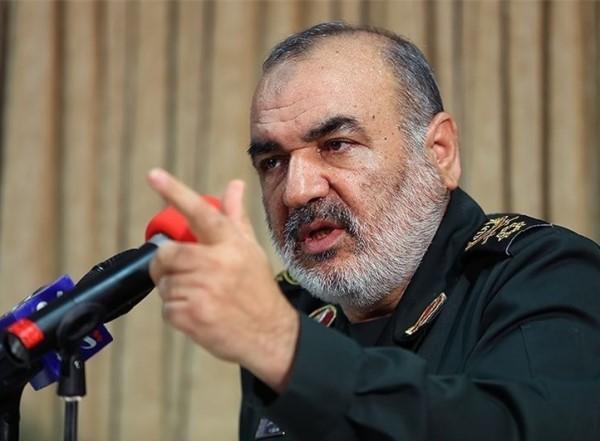 Photo of قائد الحرس الثوري الإيراني: إيران قادرة على تحويل المنطقة إلى ساحة من نار