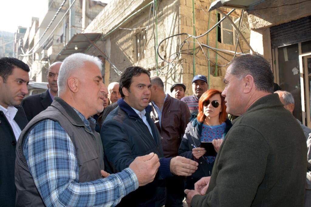 Photo of محافظ دمشق: نوفر ما نستطيع من الخدمات لأحياء دمشق دون تمييز