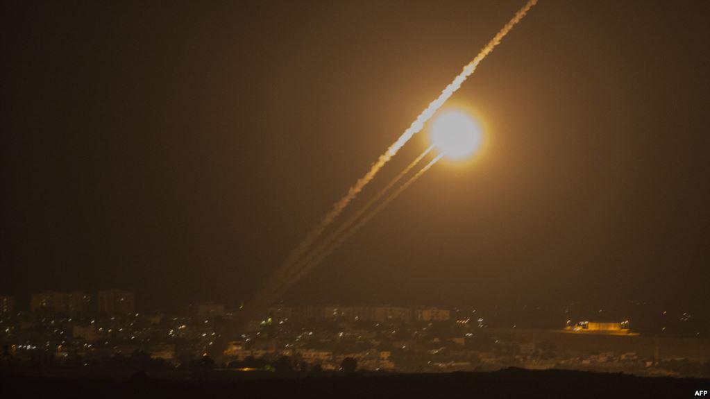 Photo of صواريخ المقاومة تقتل 4 إسرائيليين.. وجيش الاحتلال يختار التصعيد