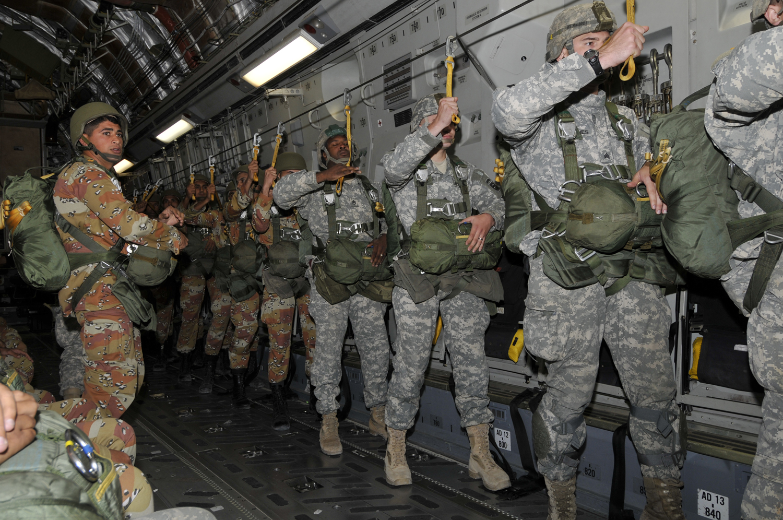 Photo of الدفاع الأمريكية: القوات الإضافية ستنتشر في السعودية وقطر