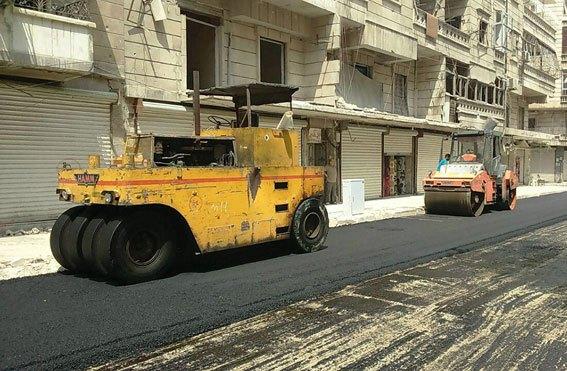Photo of تأهيل شوارع ومحاور طرقية في حمص بقيمة 852 مليون ليرة خلال العام الجاري