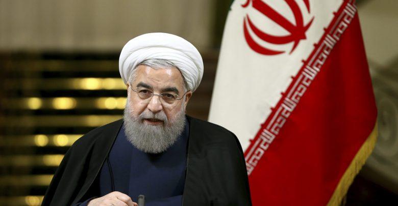 صورة الرئيس الايراني: اميركا لن تستطيع أن تفرض علينا المفاوضات أو الحرب.. وماكرون: لا يمكنها معاودة فرض العقوبات