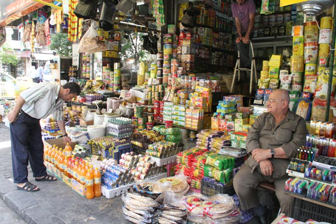 "Photo of ""هيئة منع الاحتكار"": انخفاض أسعار أغلب المواد رغم ارتفاع سعر الصرف"