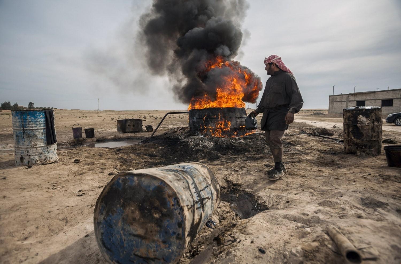 """صورة """"الفرات"""": 14,55 مليار دولار إجمالي خسائر النفط منذ 2011"""