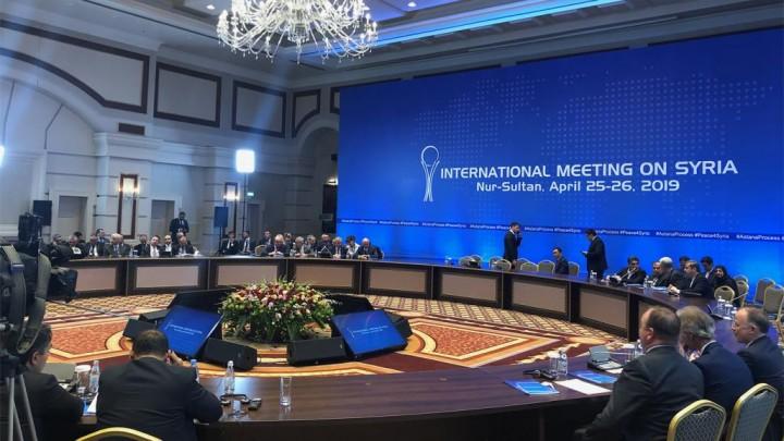 Photo of موسكو توجه دعوة للبنان لحضور أستانا