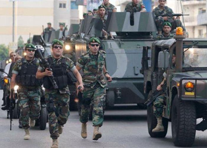 Photo of الجيش اللبناني يلقي القبض على عصابتين لتهريب البشر  والآثار عبر الحدود مع سورية