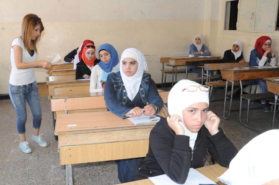Photo of وزير التربية: 525 ألف طالب سيتقدمون اليوم إلى الامتحانات
