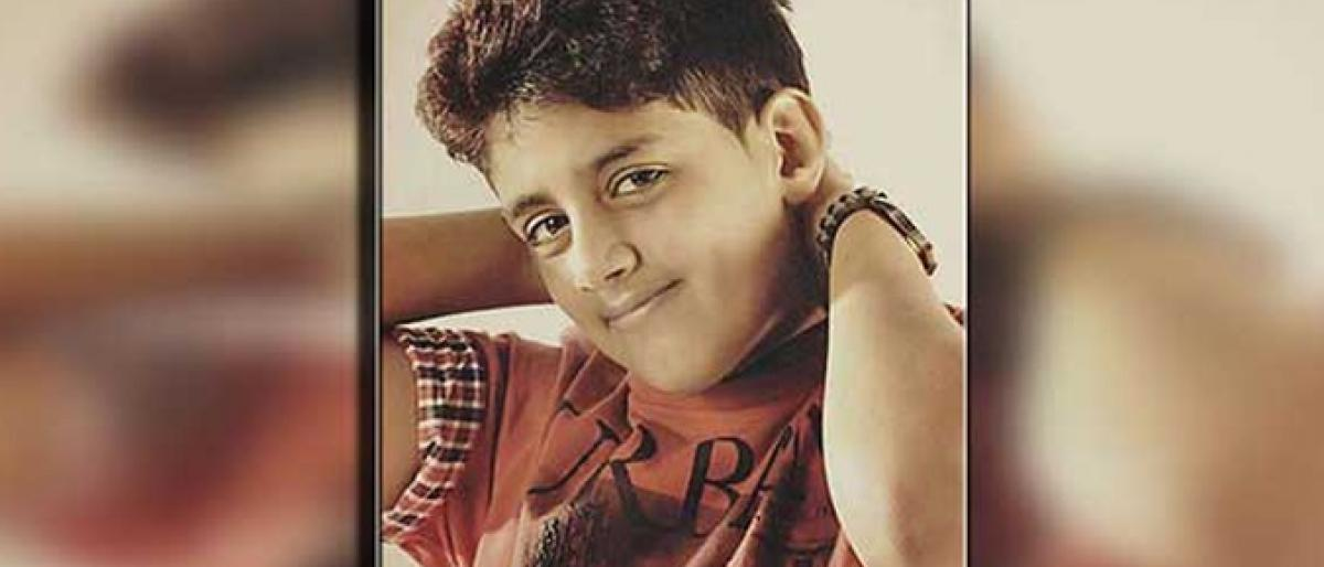 Photo of أصغر معتقل سعودي يواجه عقوبة الإعدام صلباً