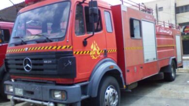 صورة سائق سيارة إطفاء يغرم بـ١٦٠ ألفاً فيقدم استقالته