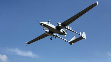 Photo of طائرة للعدو الإسرائيلي تخترق الأجواء اللبنانية وتلقي مواد حارقة