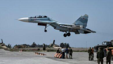 Photo of الدفاع الروسية: إصابات بين الأهالي جراء قذائف صاروخية سقطت في محيط قاعدة حميميم