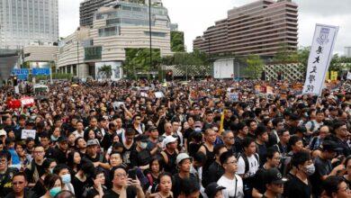 """Photo of محتجو هونغ كونغ يطلبون من ترامب """"الحرية"""""""
