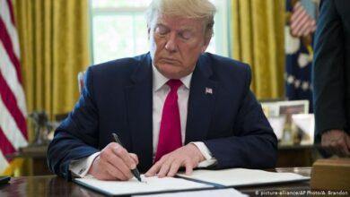 Photo of ترامب يلمح إلى إمكانية تخفيف العقوبات المفروضة على إيران