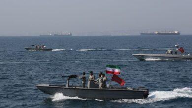 Photo of الحرس الثوري الإيراني يحتجز 7 قوارب صيد في خليج عمان