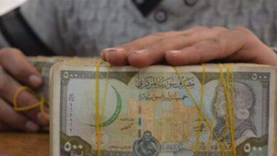 Photo of خميس يترأس اجتماعاً استثنائياً للحكومة.. الليرة تستعيد عافيتها سريعاً والدولار ينخفض إلى 645