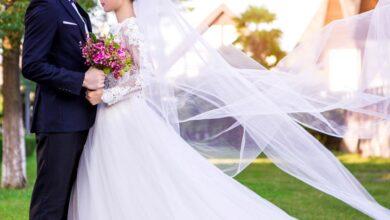 Photo of زفاف يتحول إلى حلبة مصارعة في لبنان! (فيديو)