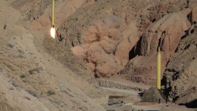 Photo of وعود يمنية بضربات جديدة وهزيمة السعودية في حال إفشال مبادرة السلام