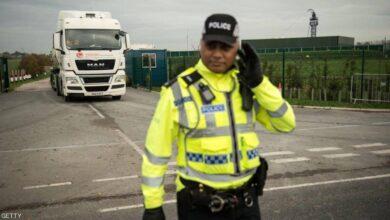 Photo of الشرطة البريطانية: العثور على 39 جثة في حاوية شاحنة