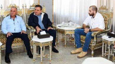 Photo of محافظ اللاذقية يدعو للابتعاد عن الشخصنة في منح المساعدات الإنسانية