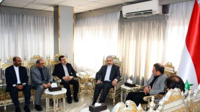 Photo of السفير الإيراني من اللاذقية: بندقيتنا معكم