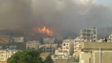 "Photo of 3 حرائق في ريف حمص الغربي.. البرازي لـ""الوطن"": تم السيطرة على 80 % منها"