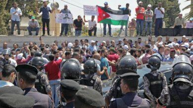 Photo of نقابة المعلمين تتلقى تأييدا في صراعها مع الحكومة الأردنية
