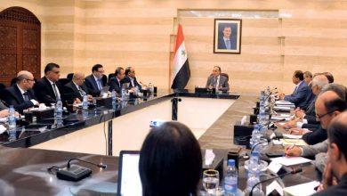 Photo of خميس للمحافظين: عليكم الخروج من بوتقة الموظف.. ومن يرى أنه غير مؤهل فليخرج من مكانه