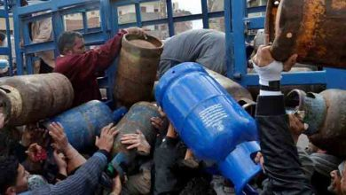 Photo of أزمة اسطوانات الغاز تستعر مجددا في حلب