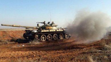 صورة الجيش يتابع تقدمه نحو معرة النعمان.. ويقترب من جرجناز معقل النصرة