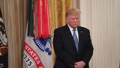 Photo of الديمقراطيون يشنون حرب اتهامات خطرة ضد ترامب لعزله من منصبه