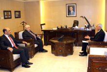 Photo of المعلم يستقبل سفير الجزائر الجديد في دمشق