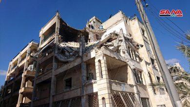 Photo of نتيجة الاعتداءات الإرهابية.. انهيار جزء من مبنى سكني في حي الزهراء ومحاصرة المدنيين داخله