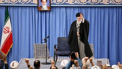 صورة الخامنئي: الشعب الإيراني وجه صفعة قوية للأمريكيين