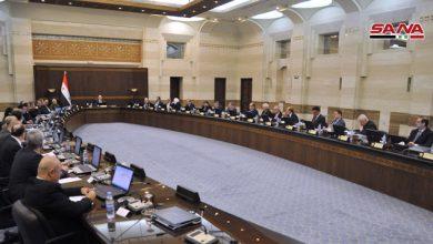 Photo of مجلس الوزراء: المرسومان 3 و4 موجهان للمتلاعبين والمضاربين على الليرة