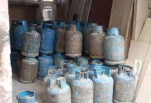 Photo of معتمد غاز منزلي يخفي 47 اسطوانة ممتلئة بمستودع أخشاب في حمص